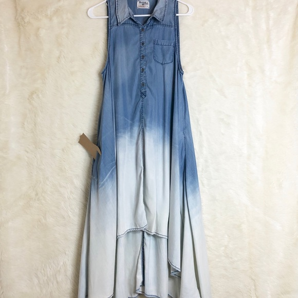 492dc158fa6b Anthropologie Dresses & Skirts - Holding Horses Dipped Chambray Shirtdress